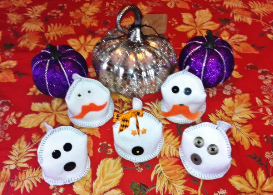 TOTS Family, Parenting, Kids, Food, Crafts, DIY and Travel finished DIY Felt Ghost Bean Bags Crafts Holiday Treats Kids TOTS Family  Halloween party games Ghosts bean bag toss