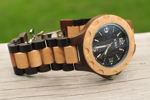 JORD Watch Review - Sully Series - Black and Maple