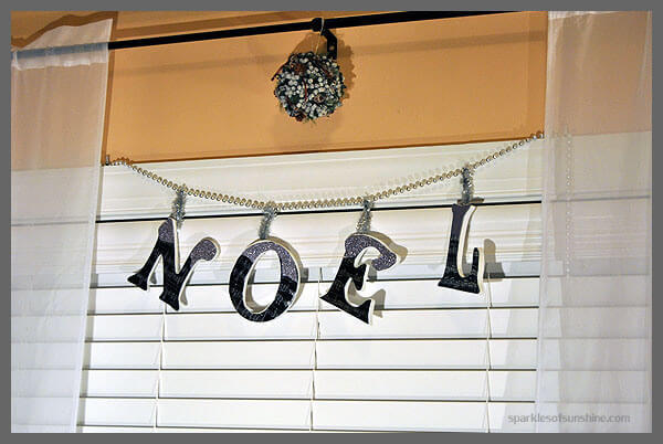 DIY Holiday Lettered Garland