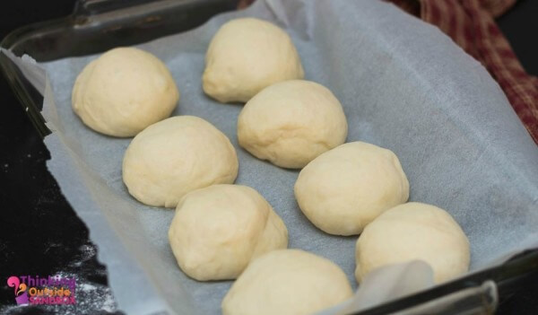 With the cold weather here, soup is on the menu a lot and with it is Homemade Dinner Rolls.