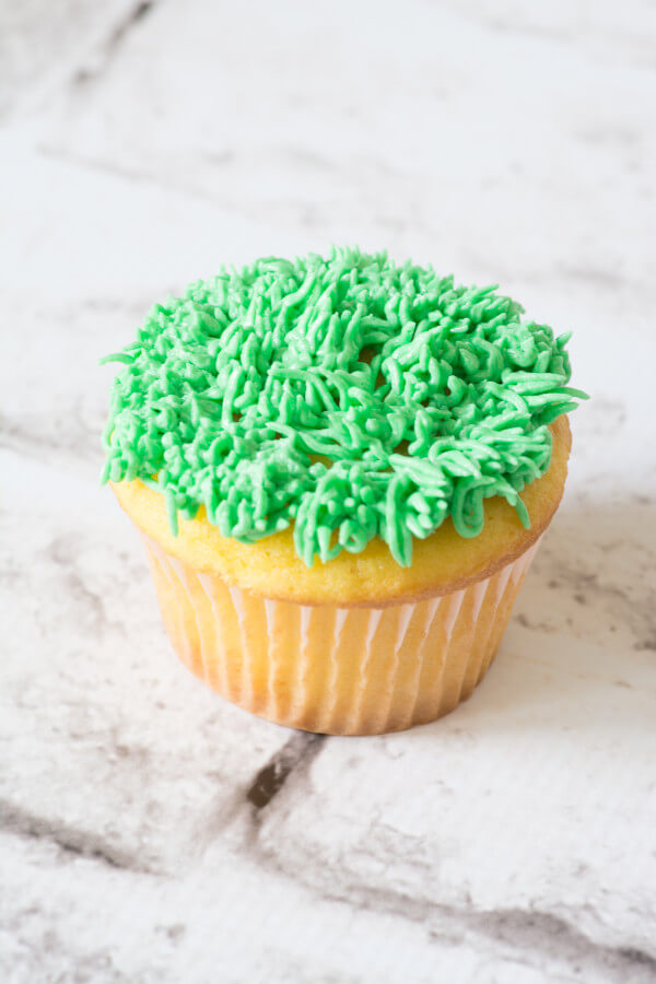 TOTS Family, Parenting, Kids, Food, Crafts, DIY and Travel Cupcake-2589 Simple Spring Cupcakes Desserts Food Holiday Treats Miscellaneous Recipes TOTS Family  spring food Easter Treats easter cupcakes