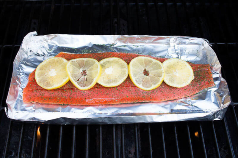 TOTS Family, Parenting, Kids, Food, Crafts, DIY and Travel Salmons-Tots-BBQ BBQ Salmon with Lemon and Dill Recipe Food Main Dish Miscellaneous Recipes TOTS Family Uncategorized  Salmon recipe Lemon fish bbq