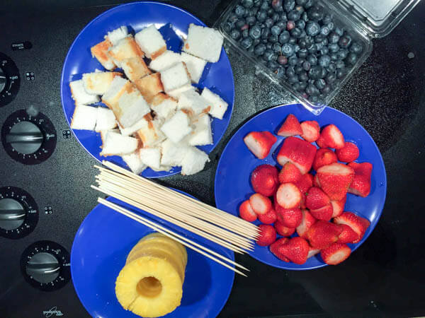 TOTS Family, Parenting, Kids, Food, Crafts, DIY and Travel Summer-Fruit-Kabobs-1 Fun Summer Fruit Kabobs Desserts Food TOTS Family  Summertime summer recipe Pool parties fruit food easy recipe