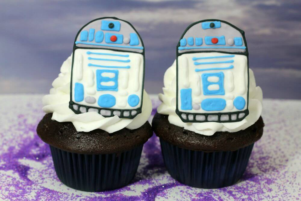 R2D2 Edible Cupcake Topper