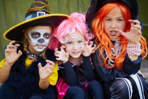 TOTS Family, Parenting, Kids, Food, Crafts, DIY and Travel Depositphotos_55484023_m-2015-300x200 10 Tips for Trick-or-Treating With Toddlers Kids Parenting TOTS Family  toddler Halloween treat halloween
