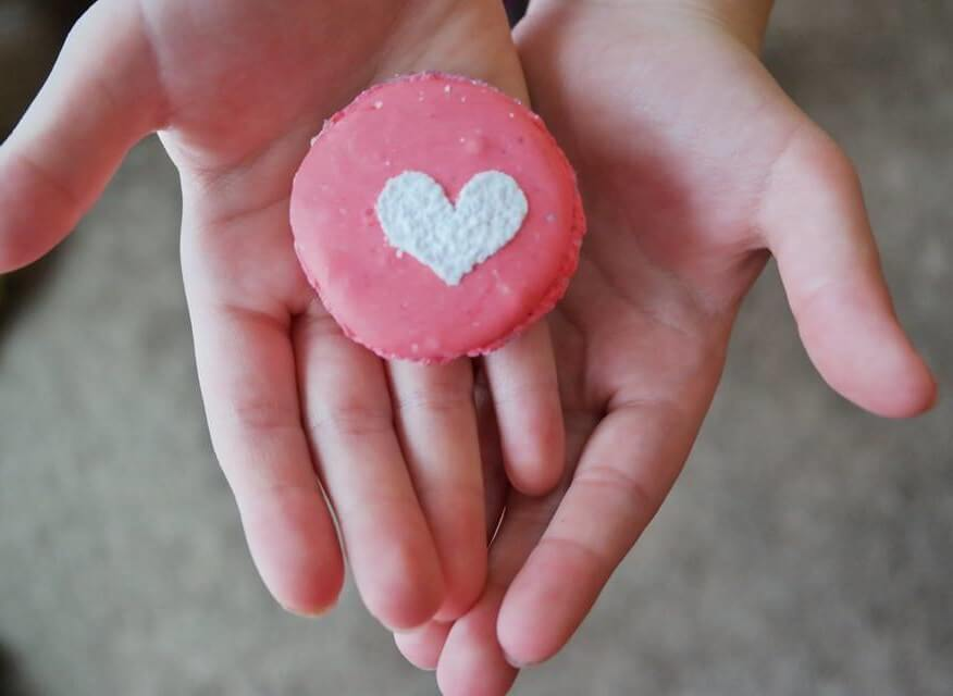 TOTS Family, Parenting, Kids, Food, Crafts, DIY and Travel m6-e1452107936841 Valentine's Day Desserts Round Up Desserts Food Holiday Treats TOTS Family Valentine's Day  valentine Valantine's round up food desserts chocolate