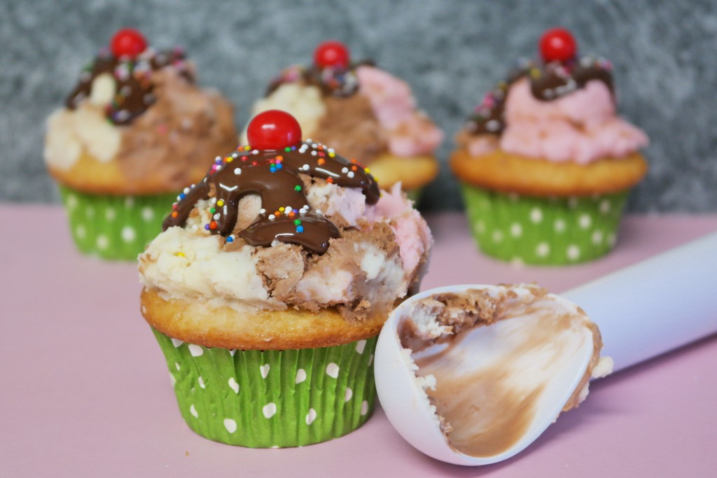 TOTS Family, Parenting, Kids, Food, Crafts, DIY and Travel SAM_1631-1024x683 Neapolitan Ice Cream Cupcakes Desserts Food Kids TOTS Family  treat snack Neopolitan cupcakes kids ice cream cucpakes dessert cupcakes children