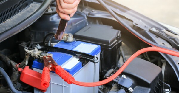 TOTS Family, Parenting, Kids, Food, Crafts, DIY and Travel Tricks-To-Make-Your-Battery-Last-Longer 5 Tricks To Make Your Car Battery Last Longer Home TOTS Family Travel Uncategorized  car maintenance car facts car
