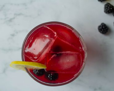 How To Make Blackberry Lemonade