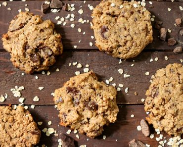 Oatmeal Chocolate Chunk Cookie Recipe
