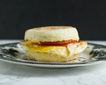 Cafe Style Breakfast Sandwich