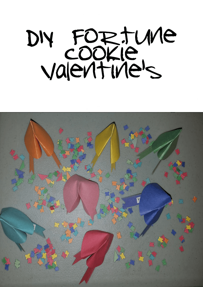 So, I thought a super cute craft idea would be to make your own DIY Fortune Cookie Valentines craft.