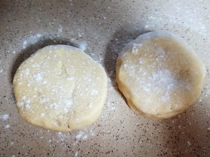 TOTS Family, Parenting, Kids, Food, Crafts, DIY and Travel 072-1-300x225 Flaky Butter Pie Crust Desserts Food  pie crust flaky pie crust butter pie crust baking