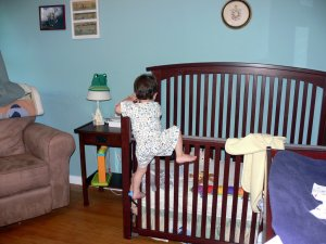 Many parents do not feel safe when their children sleep alone. The challenge for any parent is to get your baby comfortable in the Crib at the right stage in their development.
