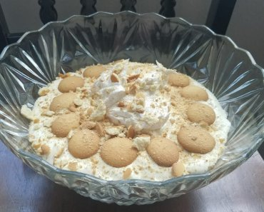 This easy best banana pudding recipe can be made in less than thirty minutes, and there is no cooking required.