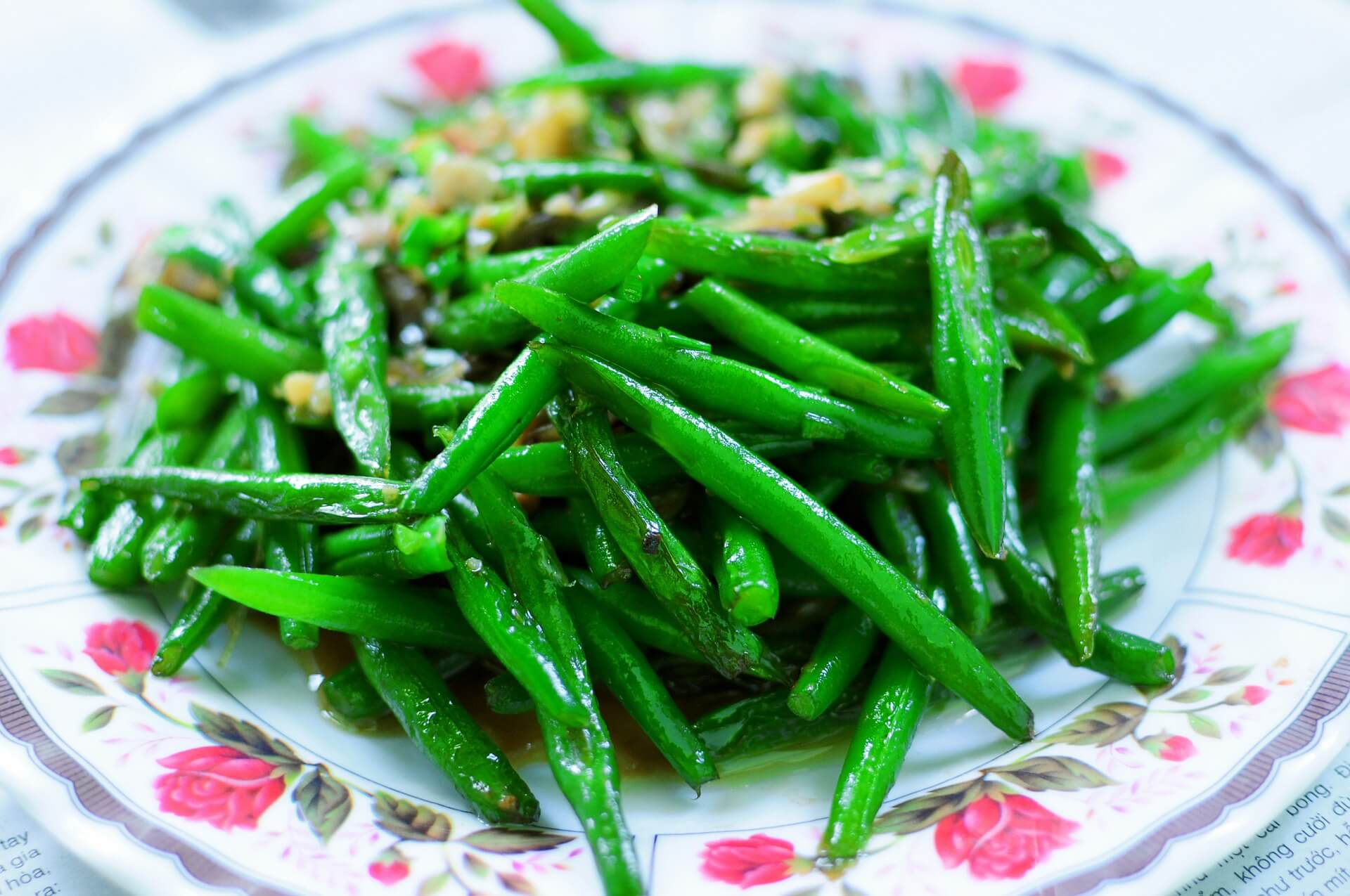 If you're being good and eating your sweet maple green beans, you may as well make a treat of them. These beans sauteed in butter and maple syrup are tender, sweet and delicious.
