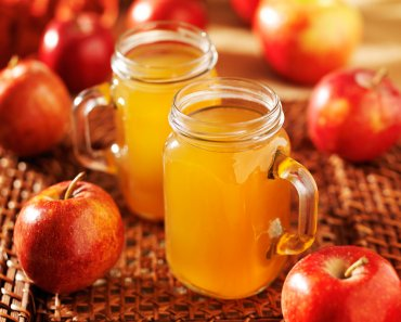 There's nothing that smells better this time of year than a home filled with the smell of apples and cinnamon as homemade slow cooker Apple Cider.