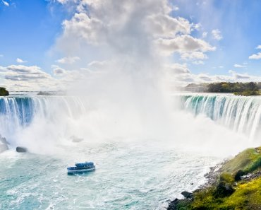 TOTS Family, Parenting, Kids, Food, Crafts, DIY and Travel Depositphotos_88538812_m-2015-370x297 Getting Away and Getting It Done When You're a Mom Parenting TOTS Family Travel Uncategorized  take a break niagara falls momcation being a mom