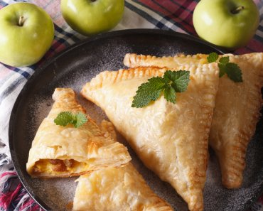 TOTS Family, Parenting, Kids, Food, Crafts, DIY and Travel Depositphotos_82928910_m-2015-370x297 Apple Turnover Recipe Desserts Food Holiday Treats TOTS Family Uncategorized  Apple Turnover Apple Pie apple
