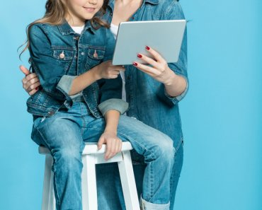 TOTS Family, Parenting, Kids, Food, Crafts, DIY and Travel The-Best-Educational-Apps-for-Kids-4-370x297 The Best Educational Apps for Kids Homeschooling Kids Learning Parenting TOTS Family Uncategorized  learning activity kids learning homeschooling homeschool home learning apps