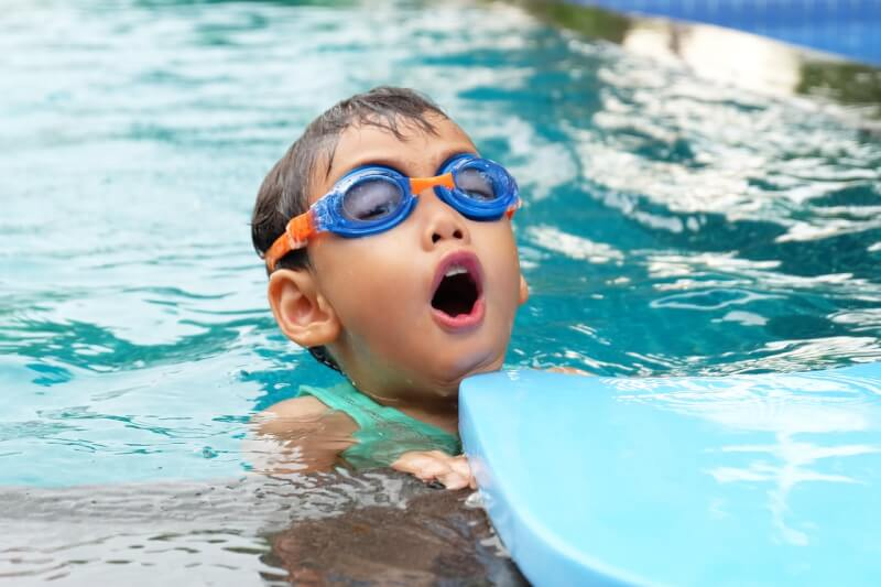 TOTS Family, Parenting, Kids, Food, Crafts, DIY and Travel What-You-Need-To-Know-About-Swimming-Safety-Swim-Safety-1 Water Fun: What You Need To Know About Swimming Safety Health & Wellness Kids Parenting TOTS Family Uncategorized  secondary drowning dry drowning drowning