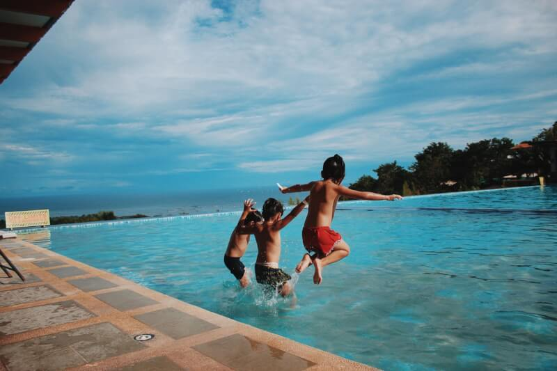 TOTS Family, Parenting, Kids, Food, Crafts, DIY and Travel What-You-Need-To-Know-About-Swimming-Safety-Swim-Safety-3 Water Fun: What You Need To Know About Swimming Safety Health & Wellness Kids Parenting TOTS Family Uncategorized  secondary drowning dry drowning drowning