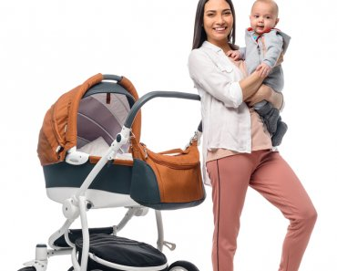 Baby on Tour – A Guide to Travelling with a Baby Carriage