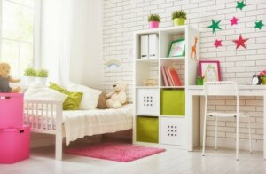 be ready to keep redoecorating with these 4 Quick Makeover Tips for Your Kid's Room