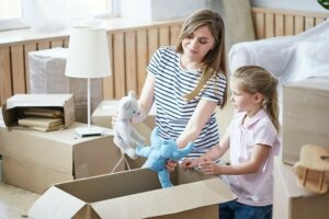 TOTS Family, Parenting, Kids, Food, Crafts, DIY and Travel 5-Ways-to-Get-Ready-for-Your-Big-Move-2-300x200 5 Ways to Get Ready for Your Big Move Home  moving