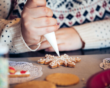 Some might even say a bored child is known to get in trouble...but we don't want to put words in your mouth. Either way, keeping them engaged and occupied during the holiday season is a must. 4 Fun Ideas to Keep Kids Busy Over the Holidays