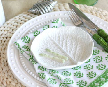 Easter themed table linens are one Must-Haves for Easter Brunch at Home